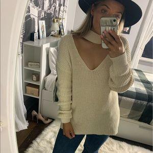 Zara Knit Choker V-Neck Cream Sweater